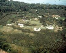Aerial view of Fort McNab, 1989.; Agence Parcs Canada / Parks Canada Agency, 1989.