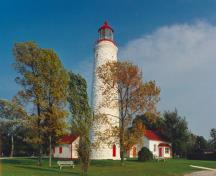 General view of the Point Clark Lighthouse and its surroundings.; Parks Canada Agency / Agence Parcs Canada