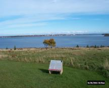 General view showing the location of the site at the entrance to Charlottetown harbour.; Parks Canada Agency / Agence Parcs Canada