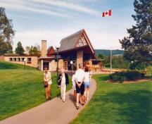General view of the setting of the Alexander Graham Bell museum in Baddeck Nova Scotia.; Parks Canada Agency / Agence Parcs Canada, n.d.