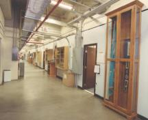 View of a corridor in Hangar 1, showing its interior arrangement, which clearly distinguishes between its two main functions, 2000.; Department of National Defence / ministère de la Défense nationale, 2000.