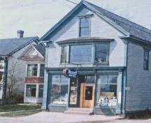 C. Allison Peck's house and store viewed from the west, 1968. The million dollar pump was in the backyard.; Village of Hillsborough, William Henry Steeves House archives