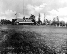 This historic image shows the early club house; Library and Archives Canada - PA-032374