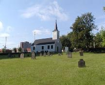 Graveyard and side elevation, Little Dutch Church, Halifax, Nova Scotia, 2005.; Heritage Division, NS Dept. of Tourism, Culture and Heritage, 2005.