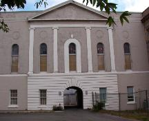 Photo of main facade of Bishop's Library, St. John's, NL. ; Heritage Foundation of Newfoundland and Labrador, 2004