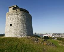 General view of Carleton Martello Tower, showing the defensive design.; Parks Canada Agency / Agence Parcs Canada.