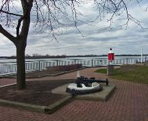 General view of Amherstburg Navy Yard Park, showing its proximity to lakes Erie and Huron, 2009.; Parks Canada Agency / Agence Parcs Canada, 2009.