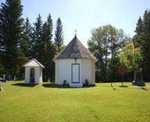 View from the west of St. Elijah Romanian Orthodox Church, Lennard, 2005; Historic Resources Branch, Manitoba Culture, Heritage & Tourism, 2005