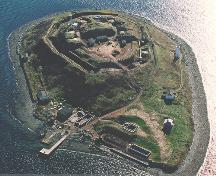 Aerial view of Georges Island National Historic site of Canada.; Parks Canada Agency / Agence Parcs Canada