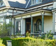 General view of 223 Robert Street, showing its materials and forms, all of which are consistent with domestic architecture in the Queen Anne Style, 2011.; Parks Canada Agency / Agence Parcs Canada, Andrew Waldron, 2011.