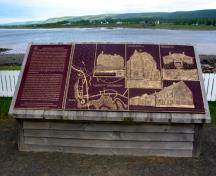 General view of the commemorative plaque, 2004.; Parks Canada Agency / Agence Parcs Canada, 2004.