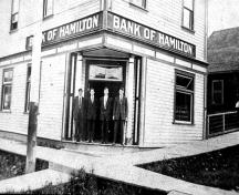 190 Hudson Ave NE - Bank of Hamilton, Salmon Arm; City of Salmon Arm, 2011 (Salmon Arm Museum 1979.123.1A)