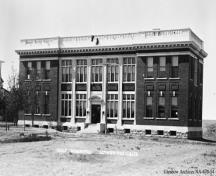 Sir Alexander Galt Hospital, Lethbridge (1910); Glenbow Archives, NA-670-54