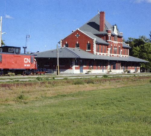 Trackside (south) and west elevation