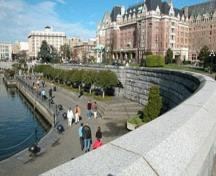 View of the Inner Harbour Causeway, 2004.; City of Victoria, Steve Barber, 2004.