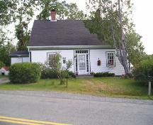 Front Elevation, Rose Bank Cottage, Musquodoboit Harbour, 2005; Heritage Division, Nova Scotia Department of Tourism, Culture and Heritage, 2005