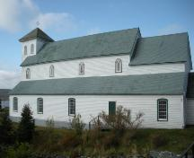 View of the right facade of Holy Apostles Roman Catholic Church, Renews, NL.; © HFNL/Andrea O'Brien 2011