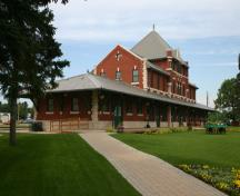 View from the northeast of the Dauphin Canadian National Railway Station, Dauphin, 2005; Historic Resources Branch, Manitoba Culture, Heritage & Tourism, 2005