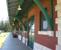 Detail of eaves and brackets on the Dauphin Canadian National Railway Station, Dauphin, 2005; Historic Resources Branch, Manitoba Culture, Heritage & Tourism, 2005