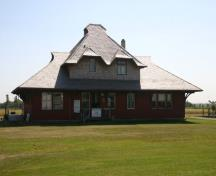 Southeast view of the Morden Canadian Pacific Railway Station, Morden, 2011.; Historic Resources Branch, Manitoba Culture, Heritage and Tourism, 2011