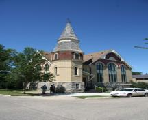 View of the primary and secondary facades of St. Andrew's United Church, Manitou, 2011.; Historic Resources Branch, Manitoba Culture, Heritage and Tourism, 2011