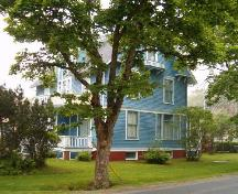 Side and front elevations, Lawson House, Yarmouth, 2004.; Heritage Division, NS Dept. of Tourism, Culture and Heritage, 2004.