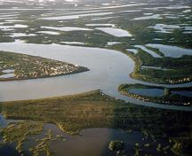 Aklavik and Pokiak 1952. Aerial view.; Hunt/NWT Archives/N-1979-062:0370