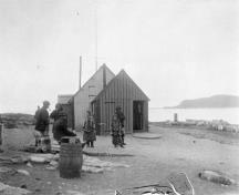 Historic image of a whaling station house at the Kekerten Island Whaling Station, 1897.; Library and Archives Canada \ Bibliothèque et Archives Canada, G. Drinkwater, C-084687, 1897.