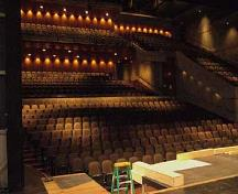 Interior view of the Royal Manitoba Theatre Centre, showing the 785-seat auditorium with an asymmetrical continental seating arrangement on two levels, 2007.; Parks Canada Agency / Agence Parcs Canada, Andrew Waldron, 2007.