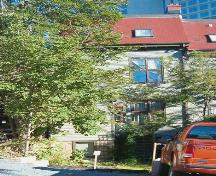 Rear elevation, William Fraser House, Halifax, Nova Scotia, 2005.; Heritage Division, NS Dept. of Tourism, Culture and Heritage, 2005.