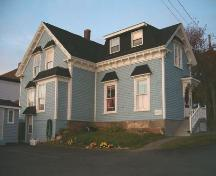 Rear elevation, Captain James Embree House, Port Hawkesbury, 2004.; Heritage Division, NS Dept. of Tourism, Culture and Heritage, 2004