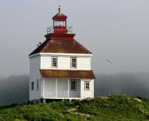General view of Queensport lighthouse, which combines a lighthouse and keepers' dwelling