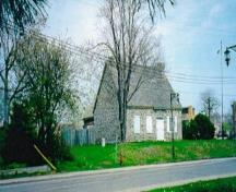 General view of LeBer-LeMoyne House, May 2001.; Parks Canada Agency \ Agence Parcs Canada, 2001.