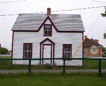 View of front facade of Lawrence Cottage, Bonavista.  Photo taken after restoration, circa 2004.; HFNL 2005