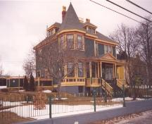 Exterior photo of Rothesay House, Munn/Godden Residence showing main facade.  Photo taken February, 2005.; HFNL 2005