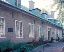 View of Château De Ramezay / India House, showing the stone walls.; Agence Parcs Canada / Parks Canada Agency.