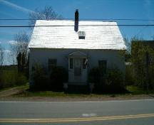 Front elevation, Bulmer House, Great Village, 2004.; Heritage Division, Nova Scotia Department of Tourism, Culture and Heritage, 2004