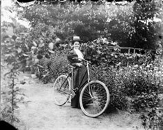 Mabel Williams, c. 1898, LAC / Mabel Williams, c. 1898, BAC