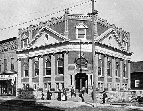 Perth Library, c1907, Archives of Ontario / Bibliothèque de Perth, c.1907, Archives de l'Ontario