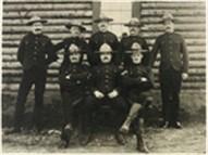 La Police montée ou Gendarmerie royale du Canada Group%20photo_191x143